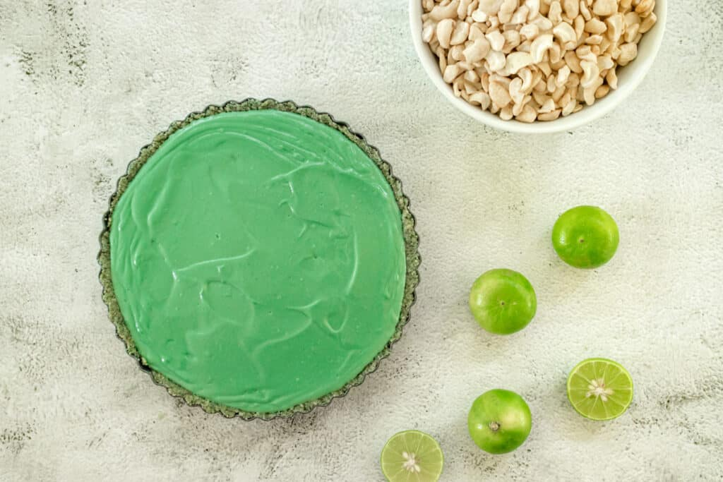 key-lime-pie-with-the-filling-added-ready-to-chill-and-set