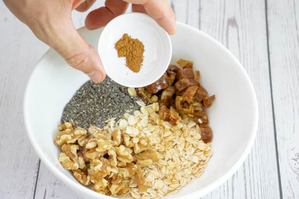 add-the-cinnamon-to-the-mixing-bowl
