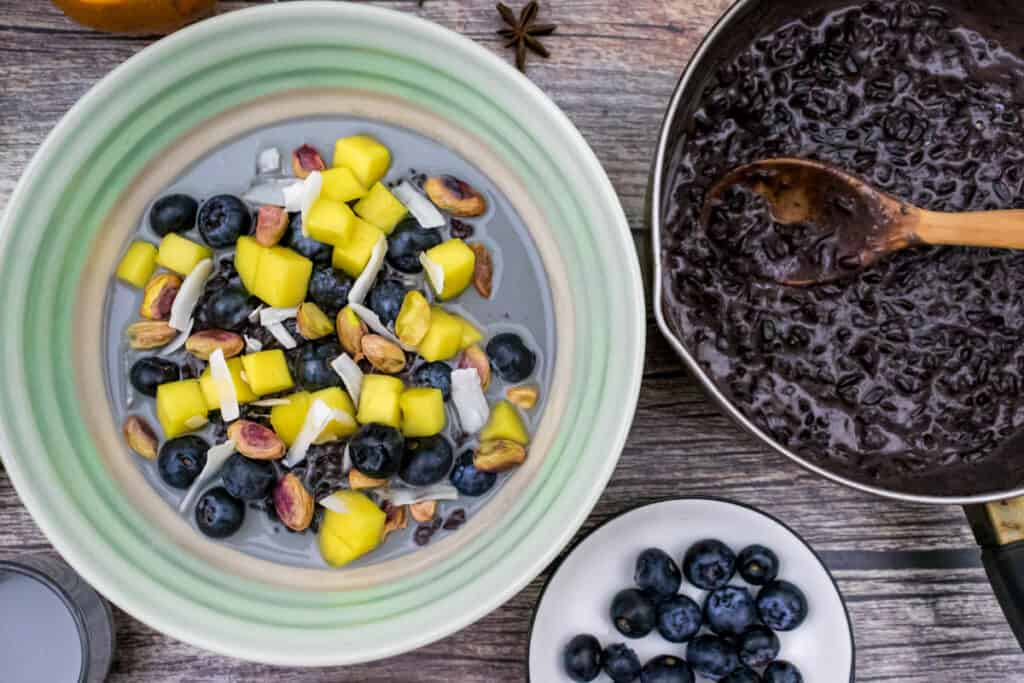 black-riceberry-in-a-saucepan-and-served-in-a-bowl