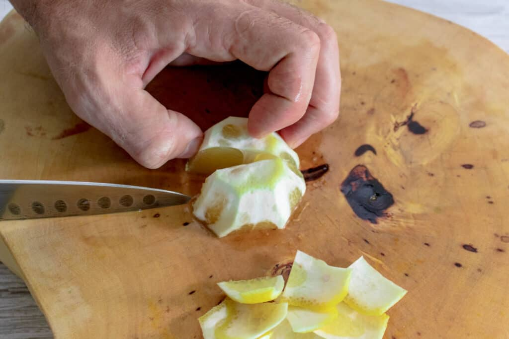 cutting-lemon
