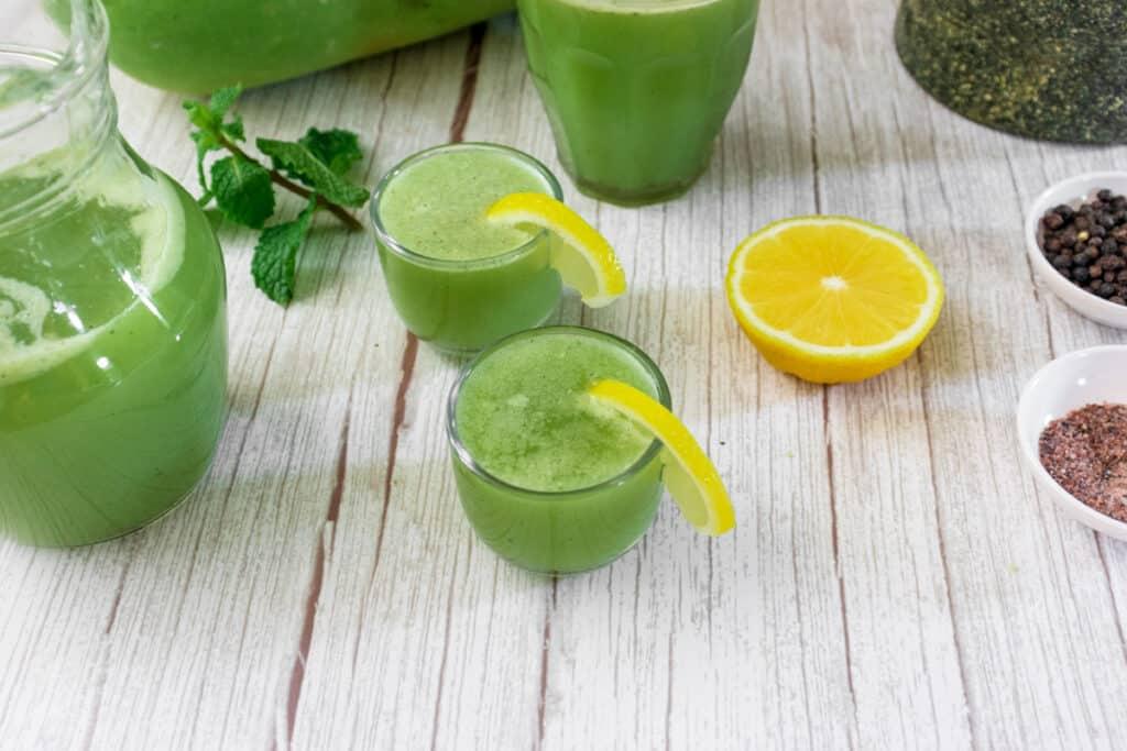ash-goud-juice-served-in-shot-glasses