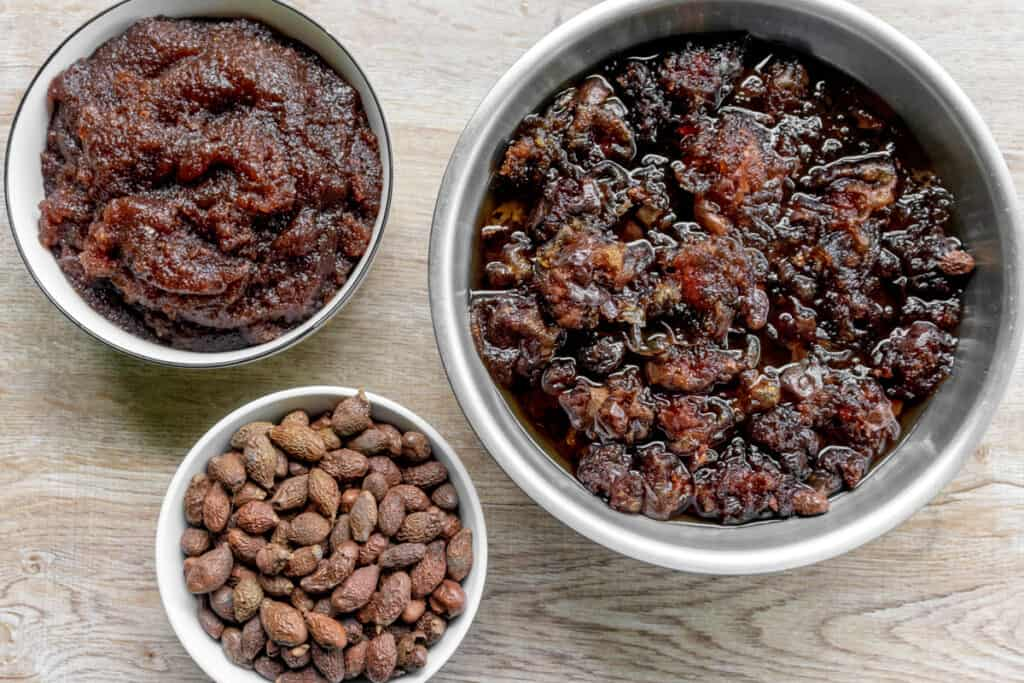 malva-nuts-raw-and-soaked