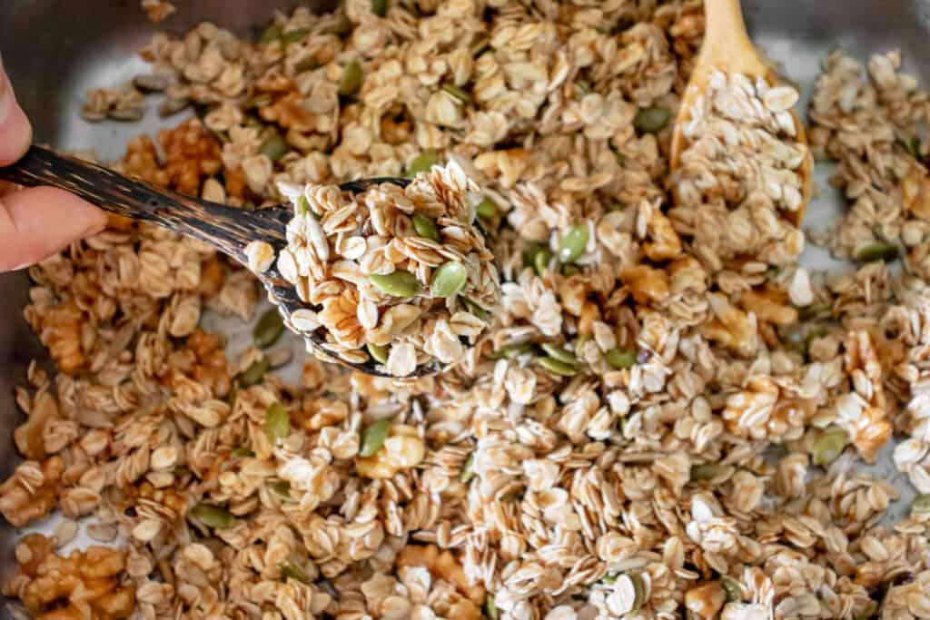 raw-granola-mix-before-baking