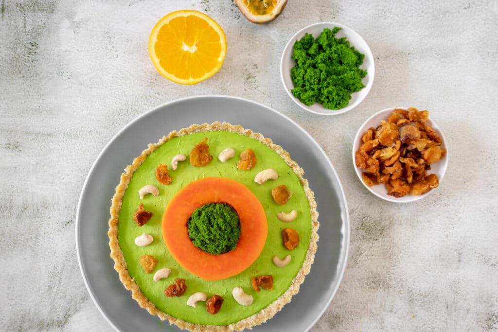 vegan-wolffia-cheesecake-served
