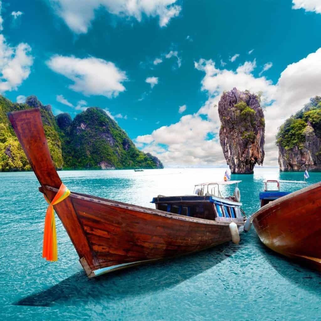 longtail-boats-in-phuket