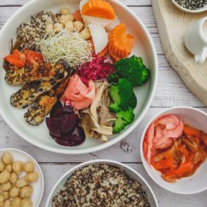 colourful-macrobiotic-bowl
