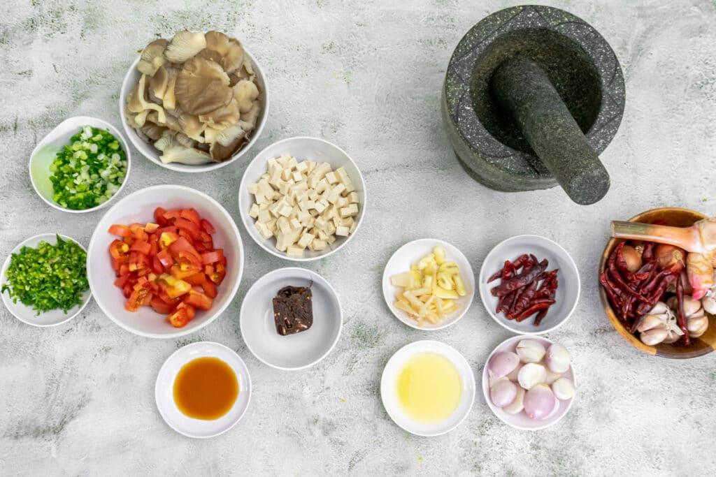 ingredients-for-nam-prik-ong