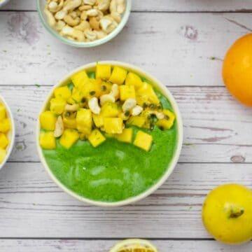 wolffia-protein-smoothie-bowl